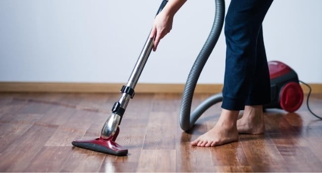 Cleaning by a vacuum cleaner